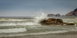 Crashing waves at Kehoe Beach